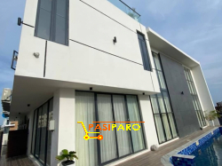 Modern Villa With Breathtaking Views And Exquisite Designs in Ikoyi